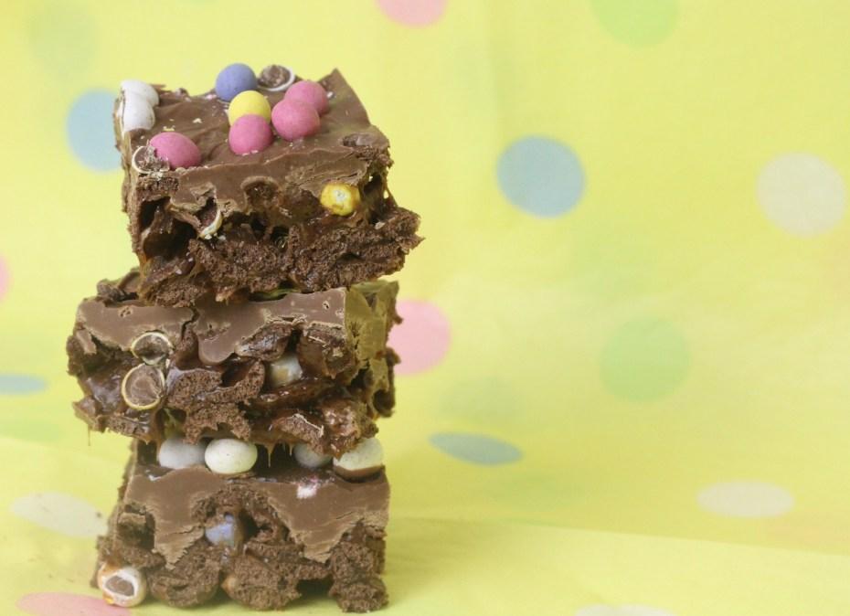 mini egg crispy slice tower