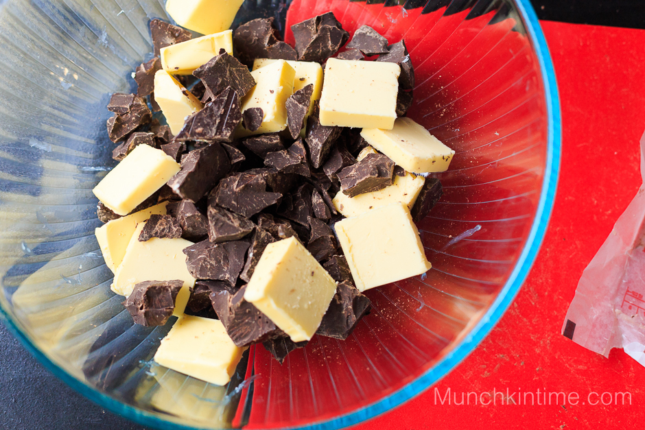 3 Ingredients Gluten Free Chocolate Cake