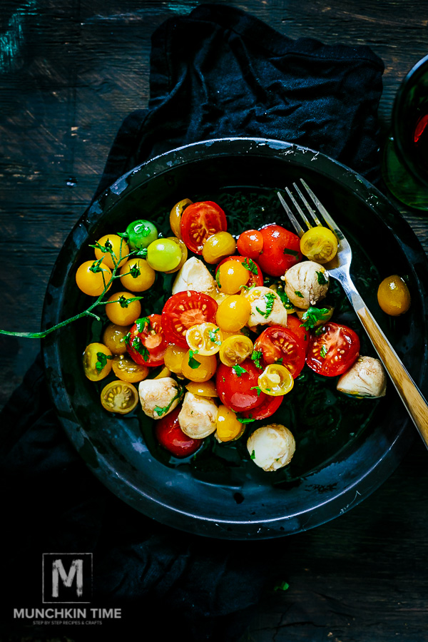 7-Ingredient Italian Tomato Salad - made of delicious ripe tomatoes, Italian Balsamic Vinegar, extra virgin olive oil and salt and super. Pure Yumminess!