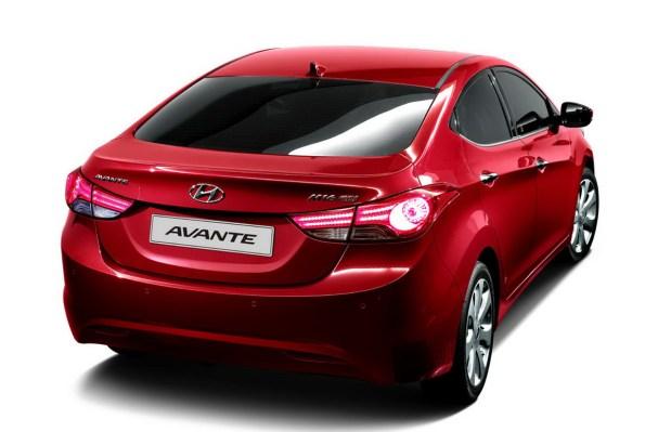 Hyundai-Elantra-Avante-2011 6