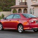 Toyota-Corolla-2011-01