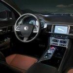 Jaguar XF 2012 03