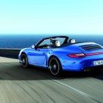 porsche-911-carrera-4-GTS-6