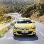 Opel Astra GTC 2012 07