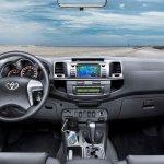 Toyota-Hilux-2012-03