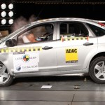Ford-Focus-Crash-Test-0
