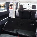 Dacia Lodgy SUV 2013 010.