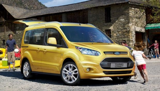 ford-tourneo-connect-01