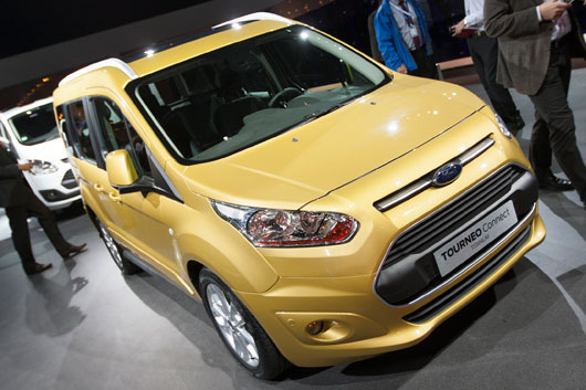 ford-tourneo-connect-03