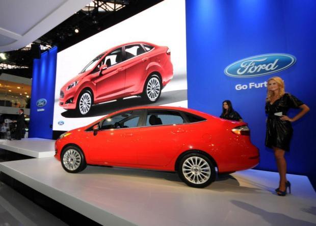 ford-fiesta-sedan-2013-6