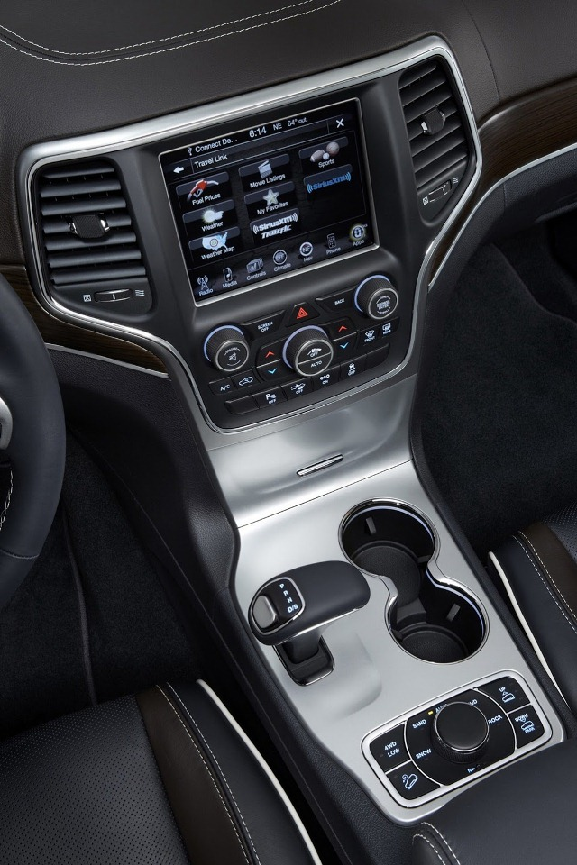 Jeep Grand Cherokee 2014 7 Interior 4 Mundoautomotor