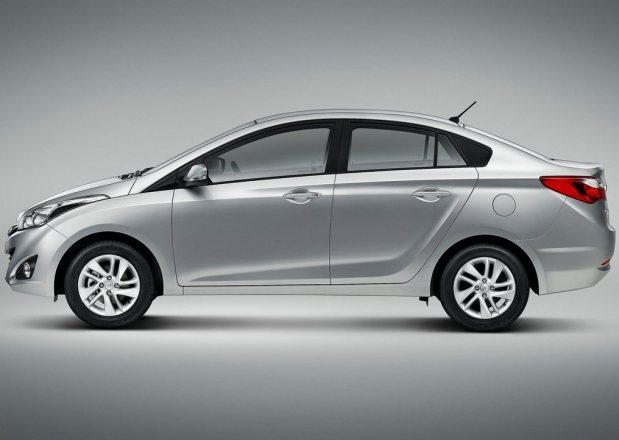 Hyundai-HB20S_2013_2