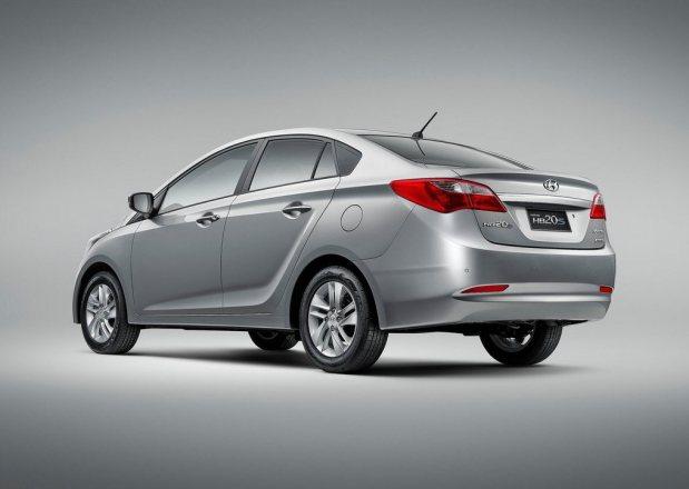 Hyundai-HB20S_2013_4