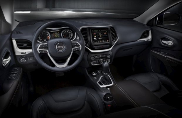 jeep-cherokee-2014-8-interior