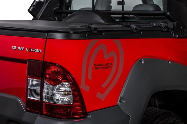 Fiat-Strada_Serie-Especial-Mangalarga-Marchador-4