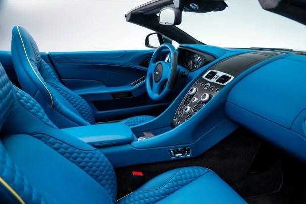 Aston-Martin-Vanquish-Volante-1