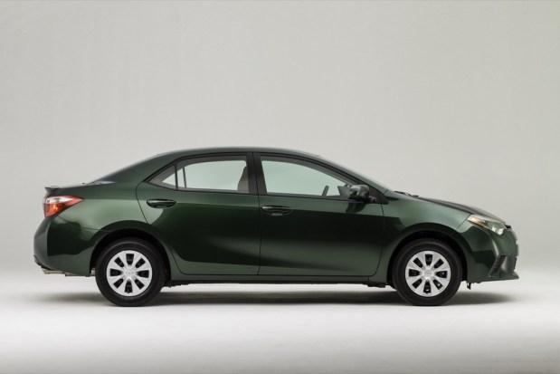 Toyota-Corolla-13-2014
