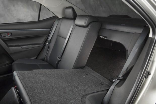 Toyota-Corolla-42-2014