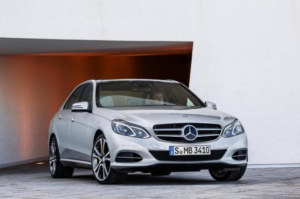 Mercedes-Benz-Clase-E350-BlueTec-1