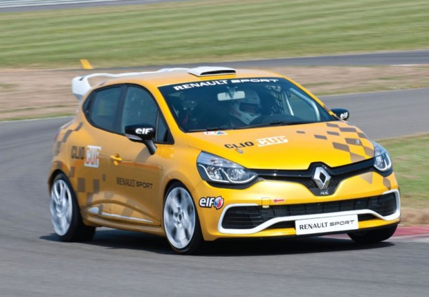 renault-clio-cup-2014-0