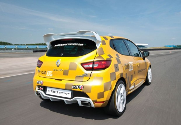 renault-clio-cup-2014-3