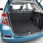 Honda-Fit-Shuttle-2013-5