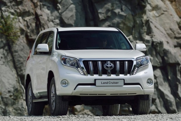 toyota-land-cruiser-prado-2014-9