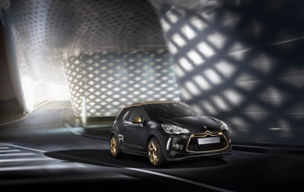Citroen-DS3-Racing-Gold-Mat-1