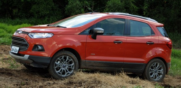 ford-ecosport-freestyle-4wd-0