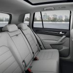 VW-Golf-Sportvan-6
