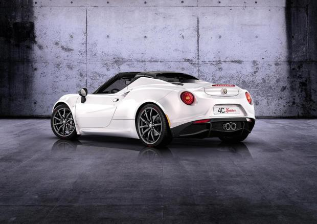 Alfa-Romeo-4C-Spider-concept-5