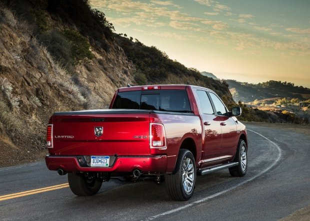 Dodge-Ram-1500-2