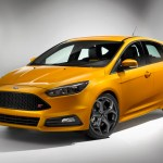 Ford-Focus-ST-2015-1
