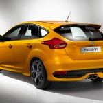 Ford-Focus-ST-2015-4