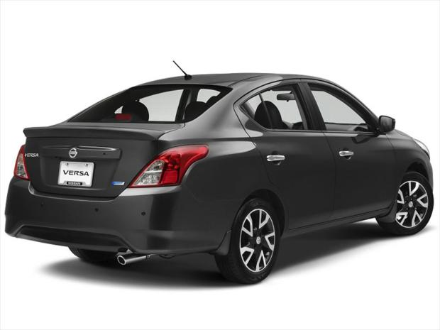 Nissan-Versa-2015-2