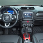 Jeep-Renegade_2015_5
