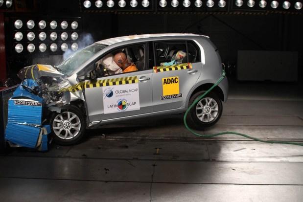 VW-Up-5-estrellas-en-test-de-auditoria-10