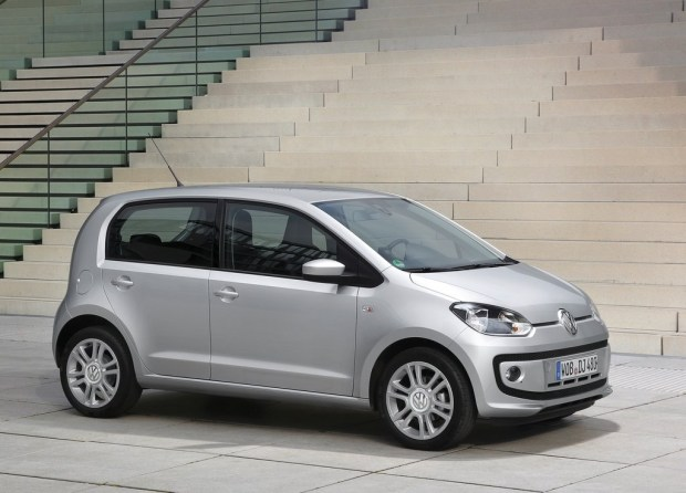 Volkswagen-UP-I-Motion-1