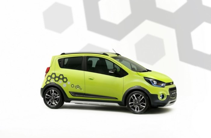 Chevrolet Beat Activ y Essentia, Presentes en Nueva Delhi