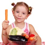 photodune-1139835-little-girl-with-vegetables-xs