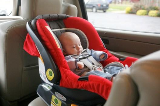 Mundo de mam el uso correcto de la silla de carro o for Silla bebe 6 meses