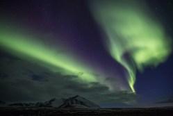 Iluminada pela Aurora Boreal