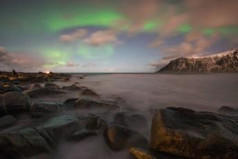 Aurora-Rocks