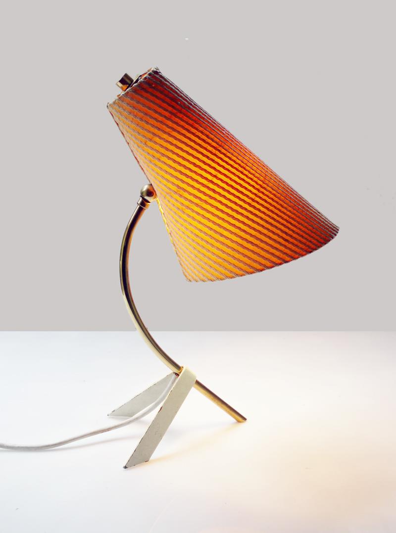 Original mid century modernist tripod desk table lamp