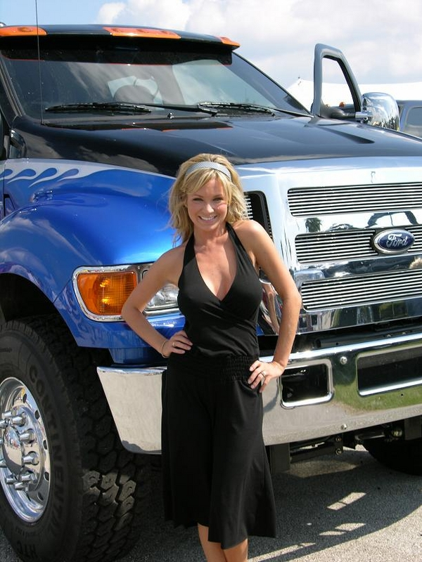 Trucker Girl Wallpaper Ford Babes Muscle Car Babes
