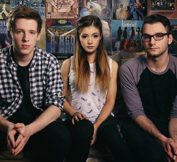 signing story against the current photo david aday