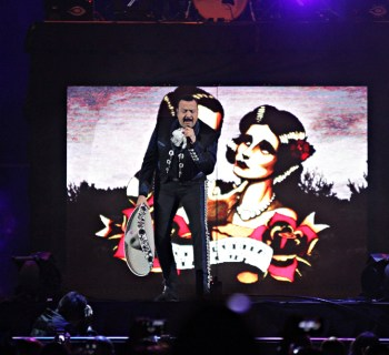 Pepe Aguilar at the Forum - photo by Xxposure Photography