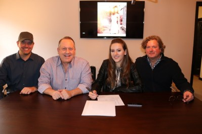 Maggie Baugh signs with Cold River Records