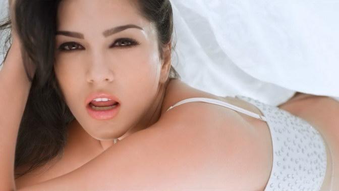 Sunny Leone, Meet Bros Anjjan Ft. Khushboo Grewal - Pink Lips HD Video