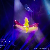 miley-cyrus-bangerz-live-glasgow-may-2014-sse-hydro-2